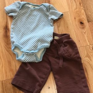 Tea Collection outfit, onesie + pants, 3-6 months
